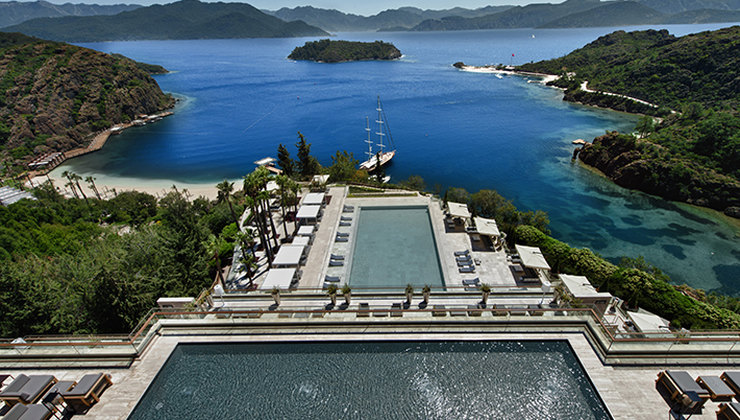 D-Hotel Maris - лауреат Six Star Diamond Award